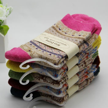 high quliaty Christmas Women Winter Rabbit Wool Socks 2014 Female Thermal Thickening Snowflake Warm Socks 10pcs=5pairs/lot