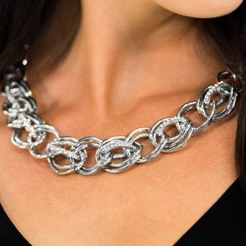 """Zi Collection """"The Michelle"""" Chain Link Silver Tone Necklace & Earring Set Paparazzi"""