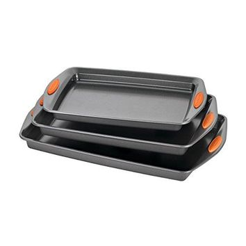 Oven Lovin' Nonstick Bakeware 3-Piece Baking and Cookie Pan Set