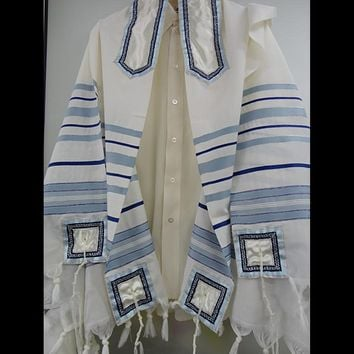 Classic White & Blue Tallit, Bar Mitzvah Tallit, Wedding Tallit