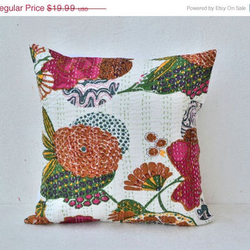 Mothers Day SALE Decorative Flower throw Pillow in white - Kantha pillow - Throw pillow  - cotton decorative cushion cover  16X16