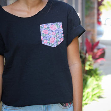 Open back tees with floral pockets by caseykaui on Etsy