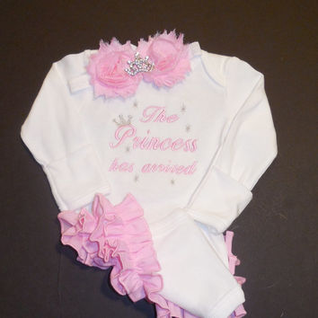SET The Princess has arrived Ruffle bodysuit and headband color choice newborn baby girl take home, bring home, come home, hospital outfit