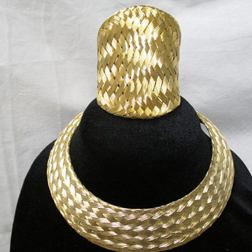 Vtg woven jewelry, necklace bracelet, goldtone wire design, warrior jewelry, choker necklace, Statement jewelry, BJS Designs, basket weave