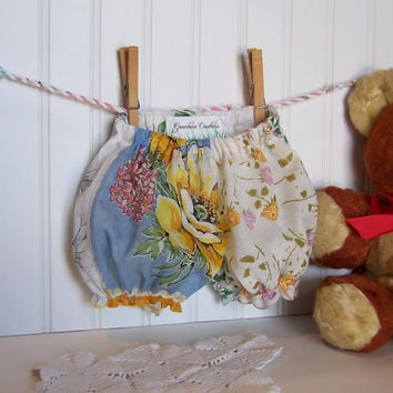 Baby Girl Gift Diaper Cover Bloomers Vintage Handkerchiefs Size Newborn - 6 months Hanky Panties in Red and White