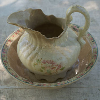 1920s Country Chic Ceramic Pitcher And Bowl Set Marriage Kitchen Decor