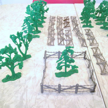 Vintage Train Model Trees and Fence Play Fence Model Trees