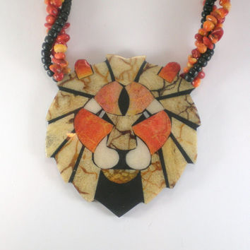 Vintage Lee  Sands  Beige Orange Black Lion Head Boho Hippie Statement Necklace