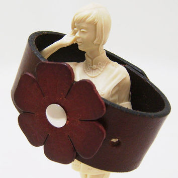 Floral Cuff Bracelet - Brown Leather Cuff Wristband Upcycled Belt - Ladies Size Medium