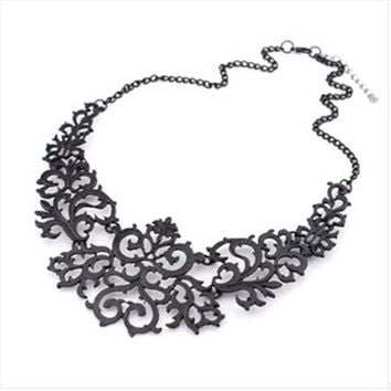 LMFUS4 2014 Newest Jewelry For Women Gift 3 Colors Hollow Flower Alloy Vintage Gold Plated Short Choker Statement Necklaces & Pendants