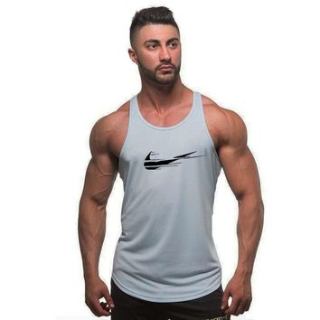 Brand Men JUST 2018 Stringer Tank Tops Men Bodybuilding Casual Gyms Tank Undershirt Muscle Vest Fashion High Quality Muscle Tank
