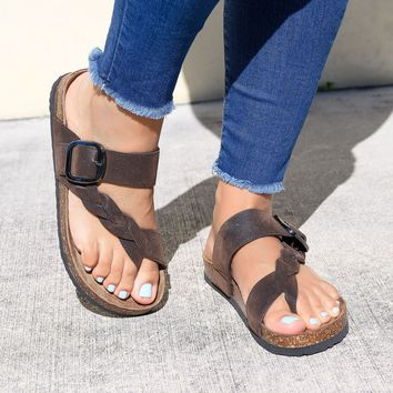 Braided Toe Ring Brown Footbed Sandals