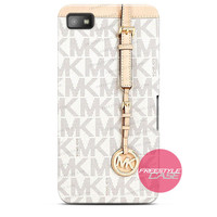 Michael Kors MK Bag Texture Print Blackberry Case Z10, Q10, Dakota Cover