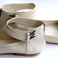MUSE. Ballet flats / Leather shoes / sizes US 4-13 . Available in different leather colors.