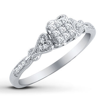 HEARTessence Ring 1/8 ct tw Diamonds Sterling Silver