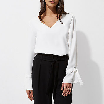 White D-ring long sleeve top