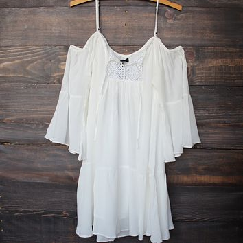 Final Sale - Honey Punch - Bohemian Cold Shoulder Dress in White