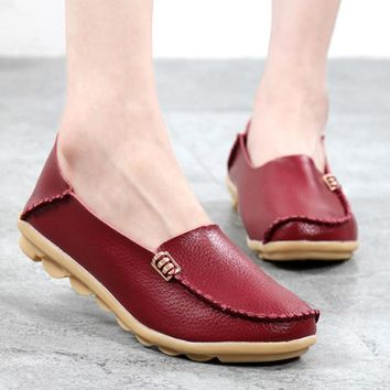 Hot 2017 New Fashion Women Flats Leisure Woman Casual Shoes Moccasins Loafers Solid Driving Concise Flat Mother's Shoes ST432