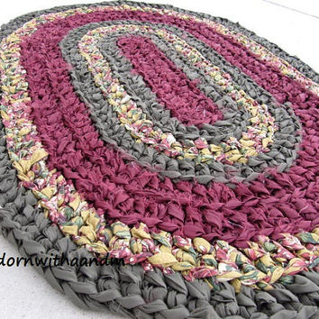 Royal oval crocheted rag rug, eco friendly, washable, bath mat, durable,  kitchen rug, home decor, shabby chic, cottage rug, cozy floor rug
