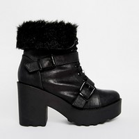 New Look Eskimo Faux Fur Chunky Lace Up Ankle Boots