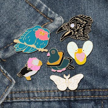 6 Style Cartoon Animal Brooches Bee Butterfly Eagle Bird Enamel Pins Denim Jackets Lapel Pin Hat Backpack Badge Fashion Jewelry