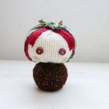 Amigurumi matryoshka, babushka doll, Russian nesting doll, knit amigurumi, amigurumi girl, red hair, ready to ship, hand knit, knit doll