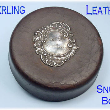 Snuff Box ~ Sterling Leather Round Snuff Box ~ Williamsburg Virginia Estate - Rosary Box