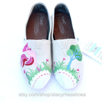 Rooster TOMS with Tree & Flowers