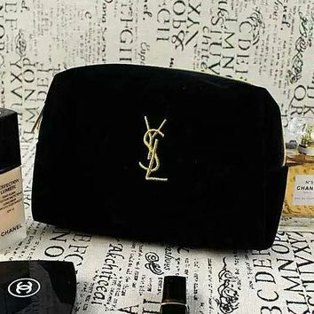 YSL trend hot sell then hand in hand take makeup bag