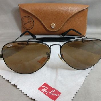 1970's 62[]14mm VINTAGE B&L RAY BAN BLACK G15 OUTDOORSMAN II L1635 SUNGLASSES