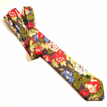 Floral Necktie with Red, Green and Blue Floral Pattern, Man Necktie, Man Tie, Mens Tie, Wedding Tie