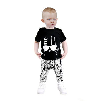 Summer style new 2017 baby boy clothing sets fashion cotton short-sleeved cartoon t-shirt+pants baby clothes kids 2pcs suit