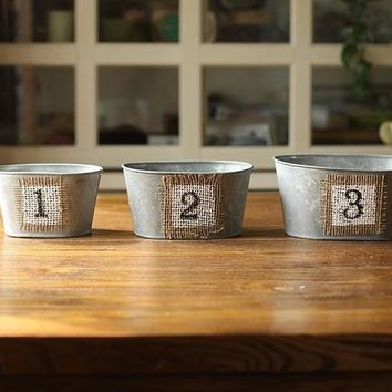 Rustic Decorative Number Metal Flower Planter Cachepot (Set of 3)