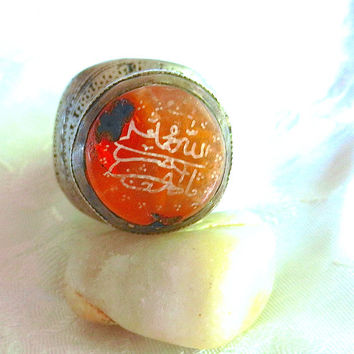 Antique Silver Persian Ring Etched Calligraphy in Carnelian Gemstone