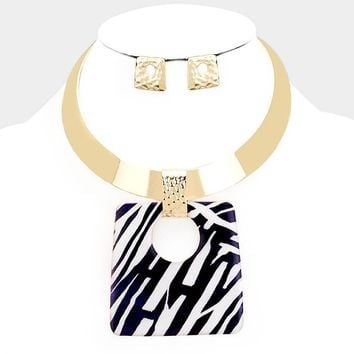 "13"" gold enamel zebra print pendant choker necklace 2.75"" earrings"