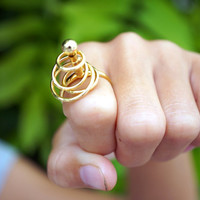Vintage Cocktail Ring Vintage Ring Vintage Jewelry Goldtone Size 6 Twiddle Ring 70s Seventies 1970s
