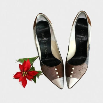 50s checked pumps. Vintage grey brown heels. Size 5 1/2. Stilettos. Pointed toe. Mad Men fashion. Paradise Shoes. Fabric upper.