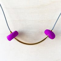 Soft Rock Necklace | Gold Curve in Grey and Violet