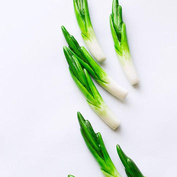 Green onion brooch, funny bright jewelry, green vegetables vegetarian veggie fashion jewelry