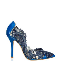 Alyssa Lace Embroidered Pump by Oscar de la Renta - Moda Operandi