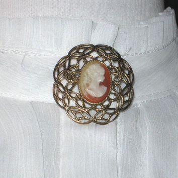 Vintage Brooch, Cameo Brooch, Filigree Brooch, Round Pin, Antiqued Gold Tone Brooch, Vintage Jewelry, Victorian Revival, Womens Accessories