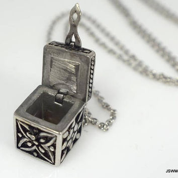 Stainless Steel Prayer Box Necklace, Secret Compartment Necklace, Box Pendant, Unisex Necklace, Stainless Pendant, Secret Stash Jewelry