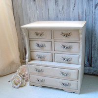 Antique Cream Vintage Jewelry Box, Musical Jewelry Box, Dresser Box, Cottage Chic Distressed Wooden Jewelry Chest, Gift Ideas