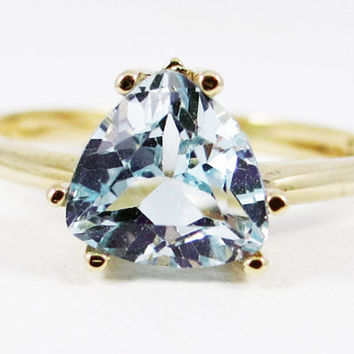 Aquamarine Trillion Ring 14k Yellow Gold, March Birthstone Ring, 14k Yellow Gold Ring, Solid Yellow Gold Ring, Aquamarine Trillion Ring