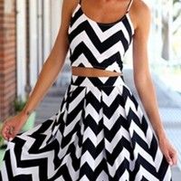 White Black Chevron Stripe Spaghetti Strap Scoop Neck Crop Top Pleated Flare A Line Midi Skirt Two Piece Dress
