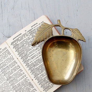 Vintage Brass Apple Dish - Apple of My Eye - Apple Trinket Dish - Vintage Brass Apple Catch All Dish