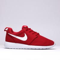 "Roshe One ""Gym Red"""