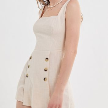 Summer sleeveless square-collared button straps and suspenders for women with one-piece shorts