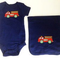 Newborn baby boy gift set, Baby boy navy creeper set with fire engine, Boys bodysuit with burb cloth, Baby boy one piece set, 0 to 3 months