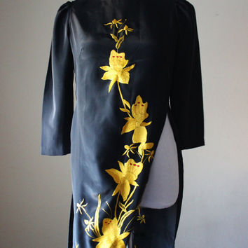 Vintage black dress, high slits, tunic, Oriental design, pelvage, satin floral hand stitching. Check homepage for sale code